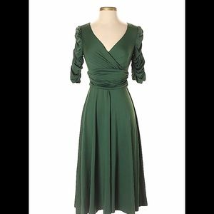 Green midi dress excellent condition